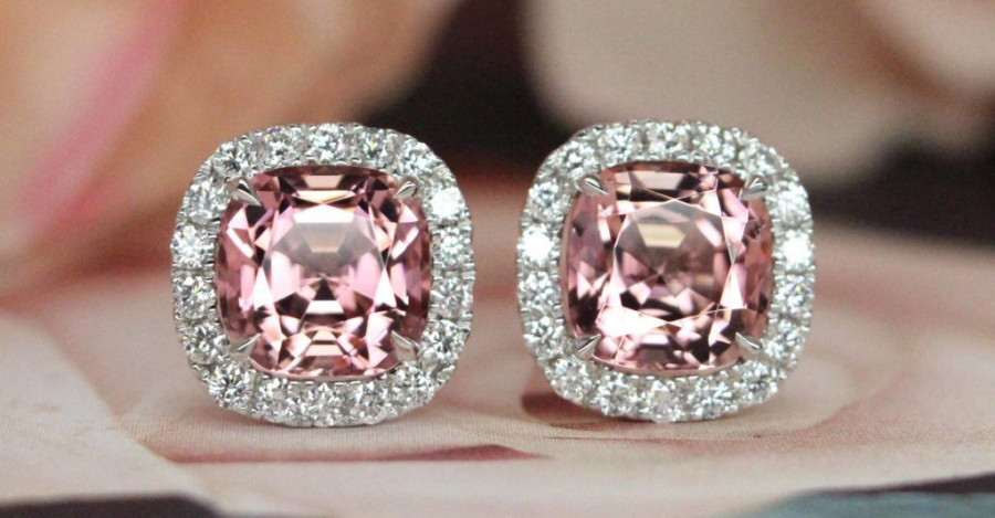 Understanding the Allure – and the Mystery – of Pink Diamond Earrings