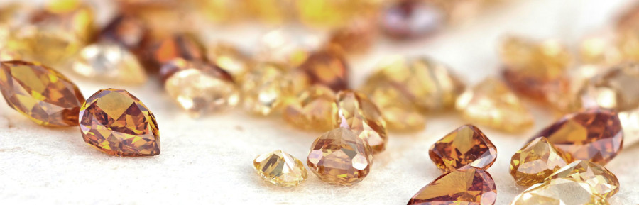 Choosing the Best Brown Diamond Earrings for Your Natural Face Shape
