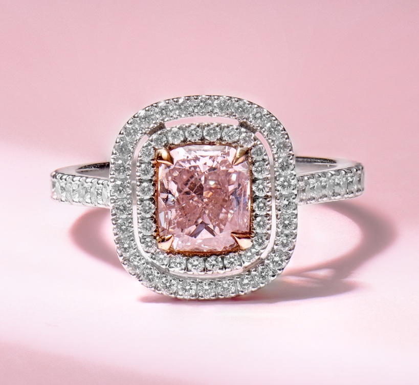PAIRING THE PERFECT PINK DIAMOND4@1x