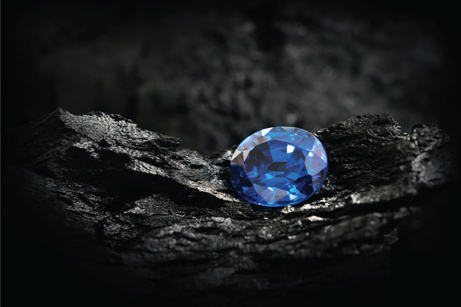 Blue Diamond Engagement Ring Vs. Blue Sapphire Engagement Ring: Which Should You Choose?
