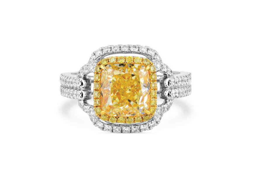 Spectacular yellow diamond ring