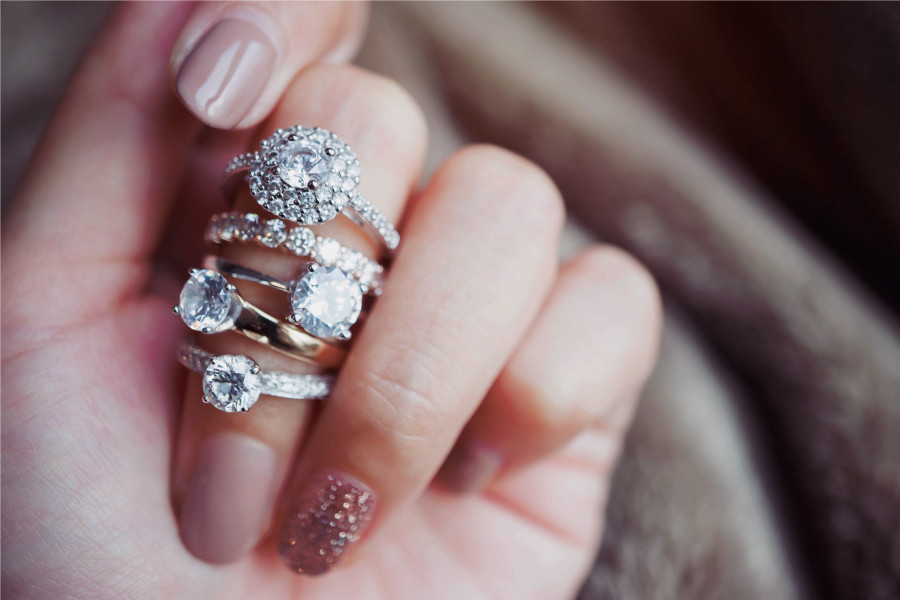 White Gold for Engagement Rings – What You Need to Know