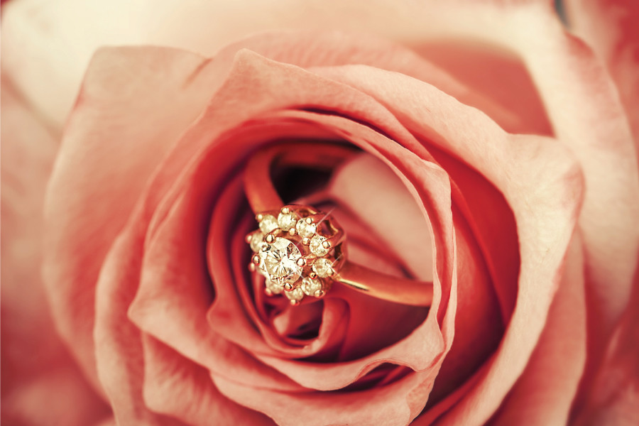 Yellow Vs. White Vs Rose: Which Gold Should You Choose For Your Engagement Ring?