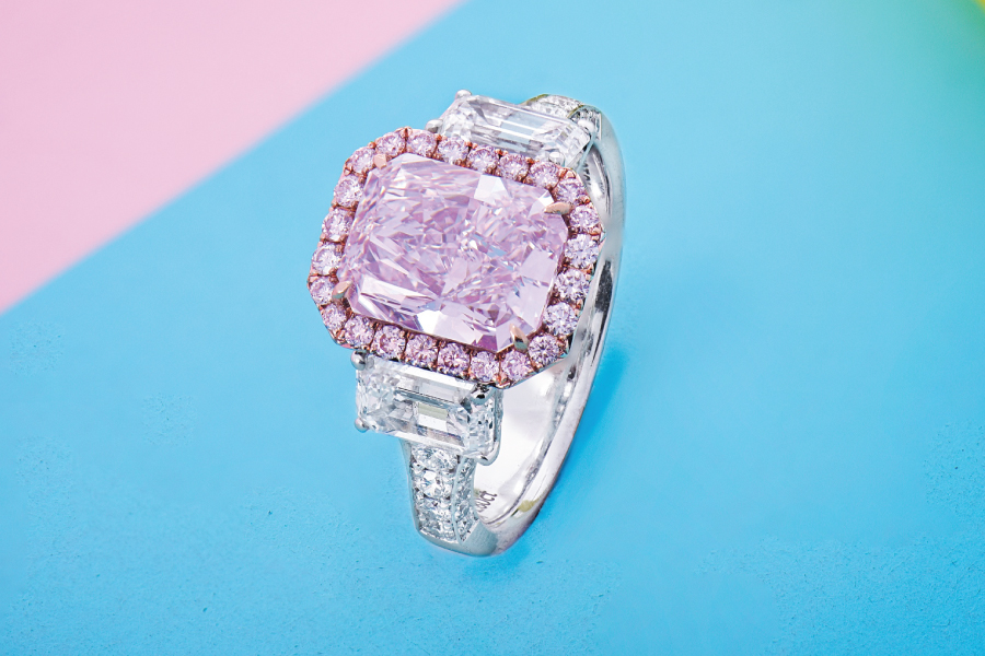 A colorful diamond ring