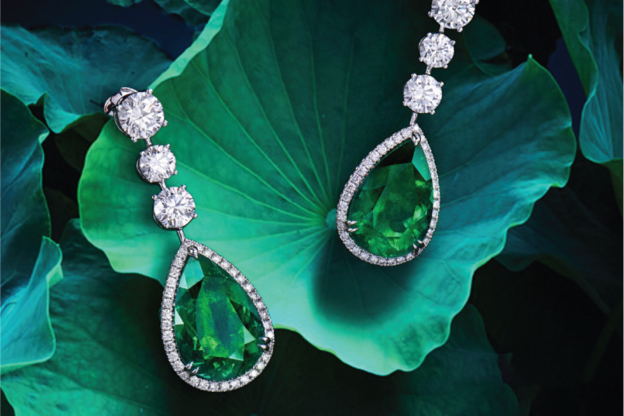 How to Determine the Authenticity of Natural Emeralds