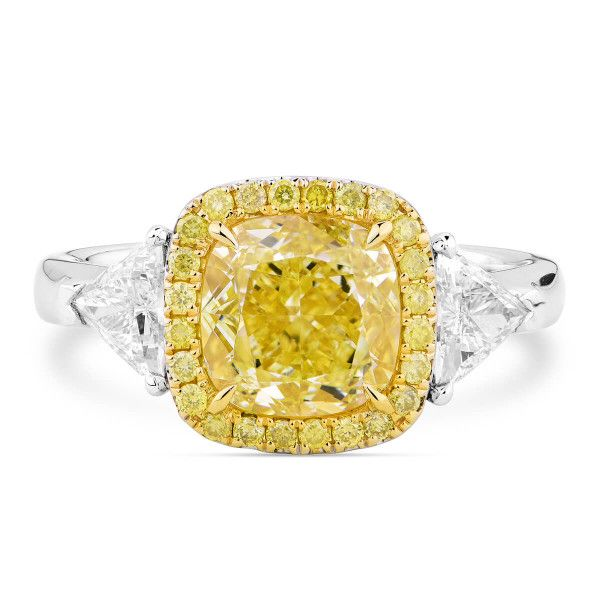 Light Yellow (W-X) Diamond Ring, 2.52 Ct. (3.17 Ct. TW), Cushion shape, GIA Certified, 3285795739