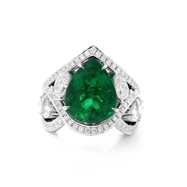 Natural Vivid Green BRAZIL Emerald Ring, 8.80 Ct. TW, GRS Certified, GRS2017-108308, Unheated