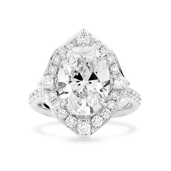 White Diamond Ring, 5.01 Ct. (6.08 Ct. TW), Oval shape, GIA Certified, 1162124704