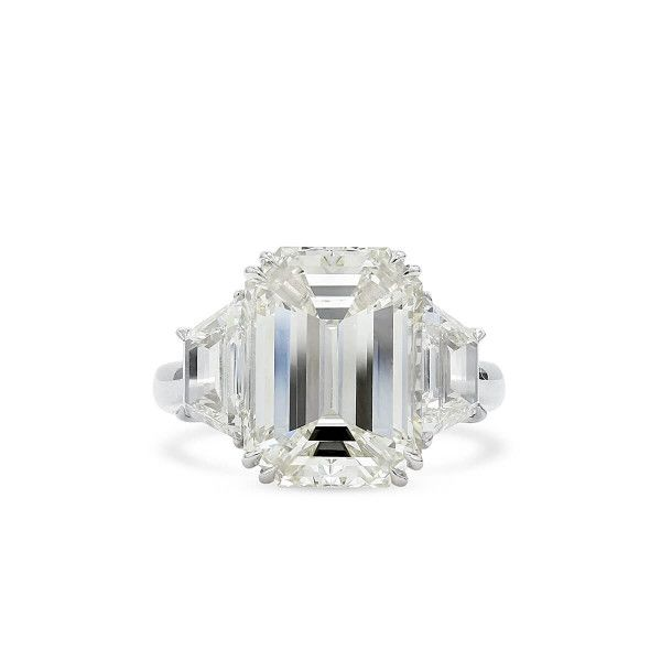 White Diamond Ring, 7.39 Ct. (8.81 Ct. TW), Emerald shape, HRD Certified, 13002580001