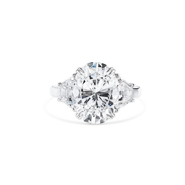 White Diamond Ring, 5.11 Ct. (6.18 Ct. TW), Oval shape, GIA Certified, 2205857875