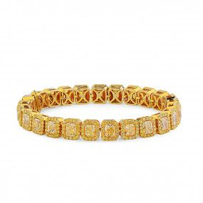Fancy Yellow Diamond Bracelet, 17.62 Ct. (21.06 Ct. TW), Radiant shape