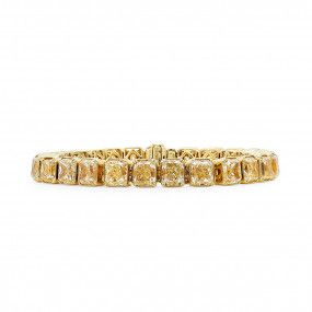 Fancy Yellow Diamond Bracelet, 42.61 Carat, Radiant shape