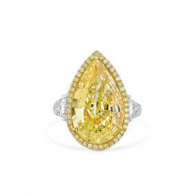 Fancy Light Yellow Diamond Ring, 10.04 Ct. (10.94 Ct. TW), Pear shape, GIA Certified, 2155101503