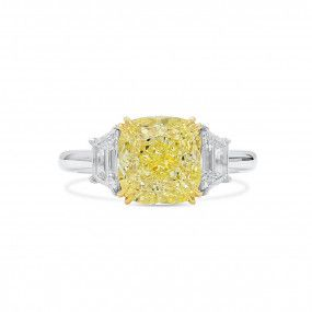 Fancy Light Yellow Diamond Ring, 4.03 Ct. (4.70 Ct. TW), Cushion shape, GIA Certified, 5211269183