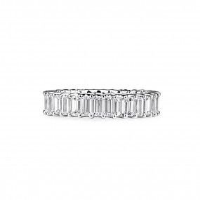 White Diamond Ring, 4.12 Carat, Baguette shape