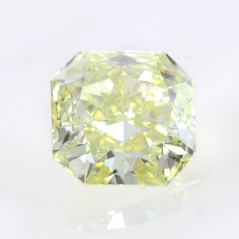 1.72 Carat, Fancy Yellow Green Diamond, Radiant shape, SI1 Clarity, GIA Certified, 1139501711