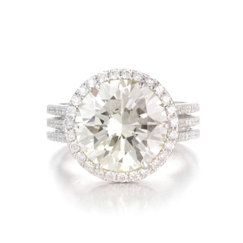 Image of a colored diamond engagement ring from Asteria's Red carpet collection